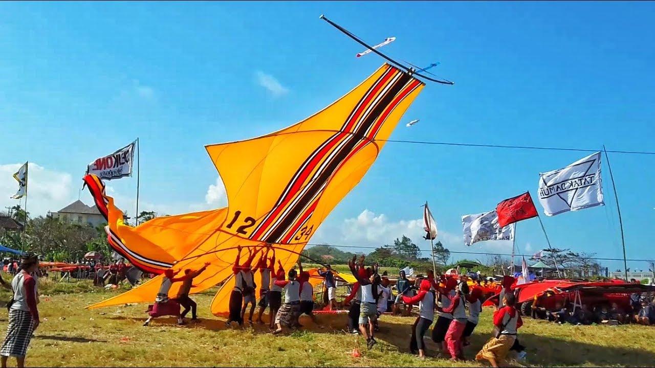 bali-kite-festival-min2